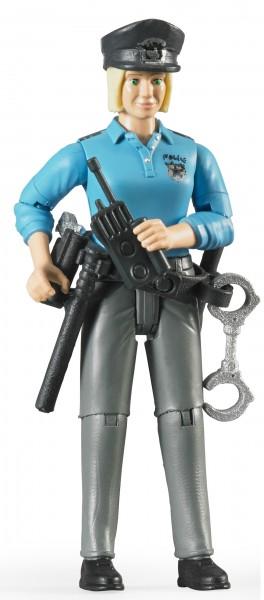 Polizistin mit hellem Hauttyp und Zubehör