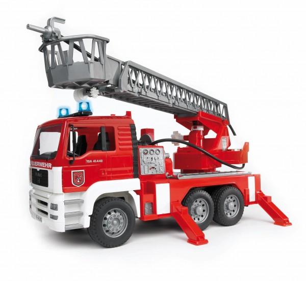 MAN Feuerwehr mit Drehleiter, Wasserpumpe und Light and Sound Module(trucks) inkl. Batterie